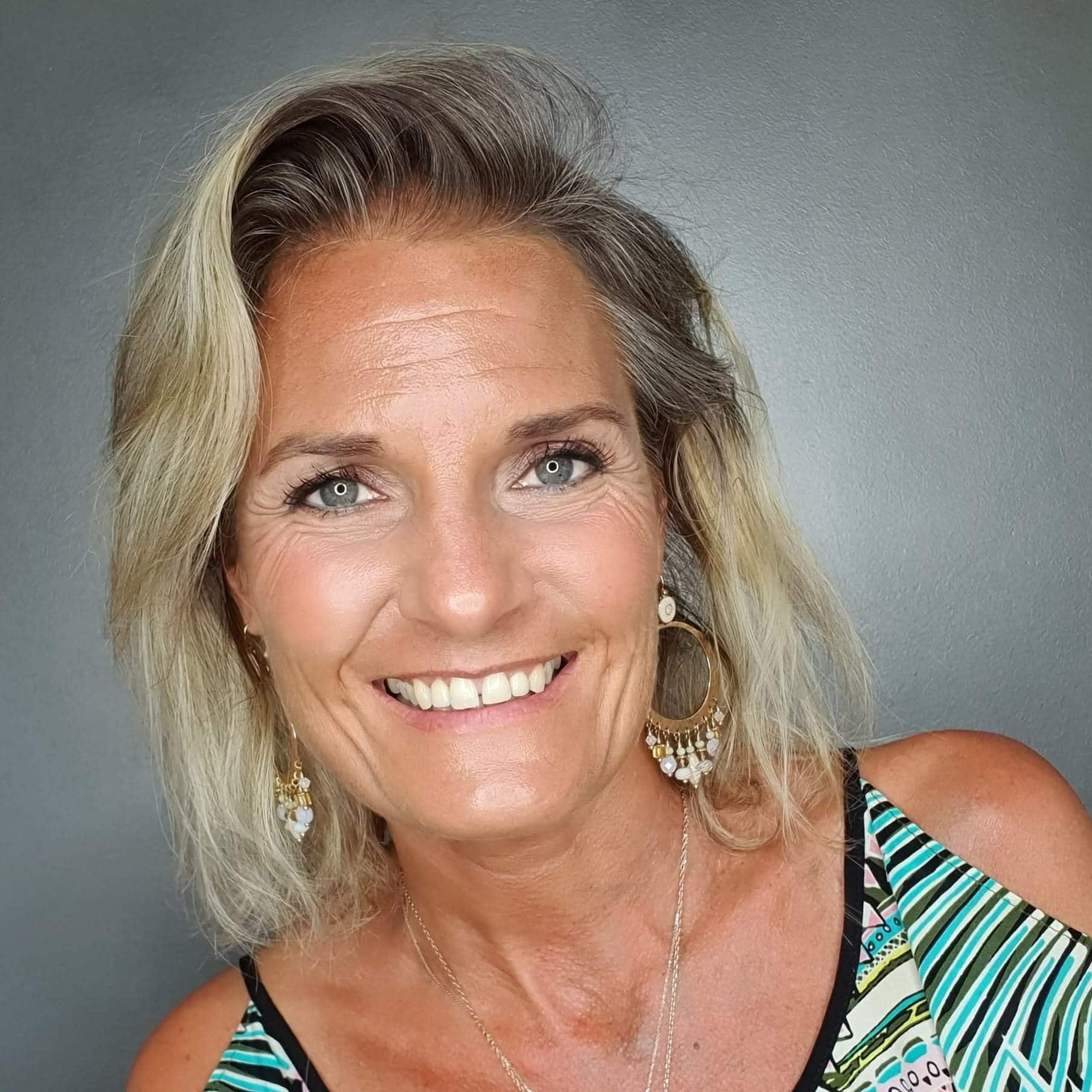 Ewa De Saporta - psychothérapeute, psychotraumatologue, énergéticienne